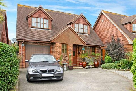 4 bedroom detached house for sale - The Abbotts, Halewick Lane, North Sompting, West Sussex, BN15