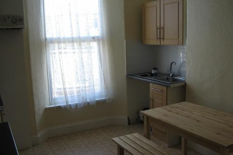 3 bedroom house to rent - Kensington Road, Mutley, Plymouth