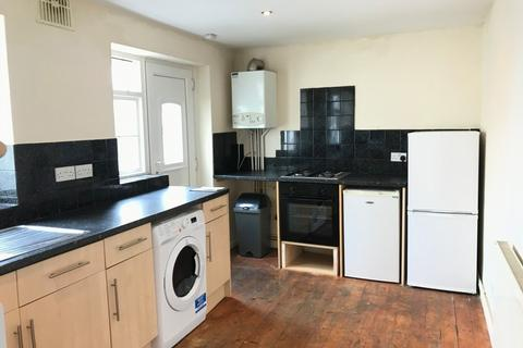 4 bedroom house to rent - Clifton Place, North Hill, Plymouth