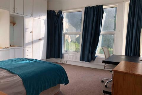 10 bedroom house to rent - Dale Road, Mutley, Plymouth
