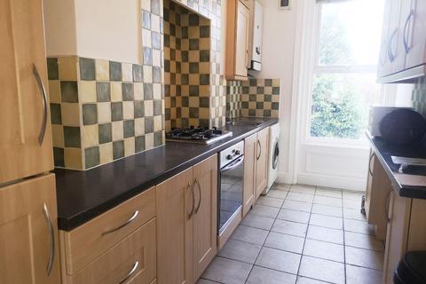 2 bedroom flat to rent - Manor House Road, Jesmond