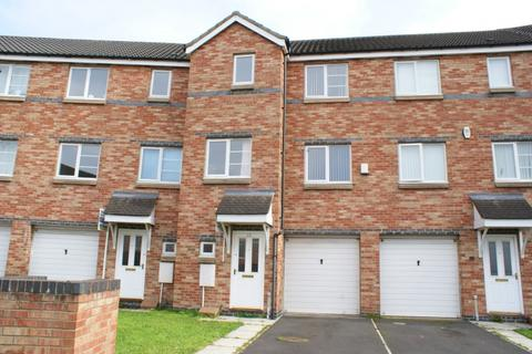4 bedroom terraced house to rent - Bridges View Gateshead NE8 1NZ