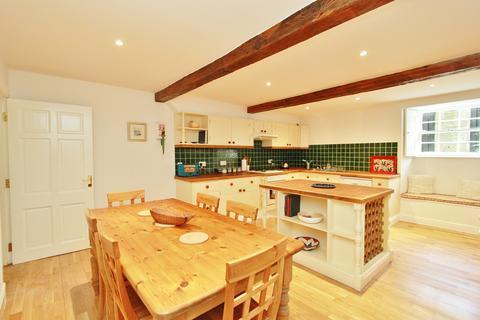 2 bedroom apartment to rent - Fettes Row, Edinburgh EH3