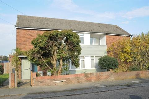 2 bedroom ground floor maisonette to rent - The Drive, Chelmsford, Essex