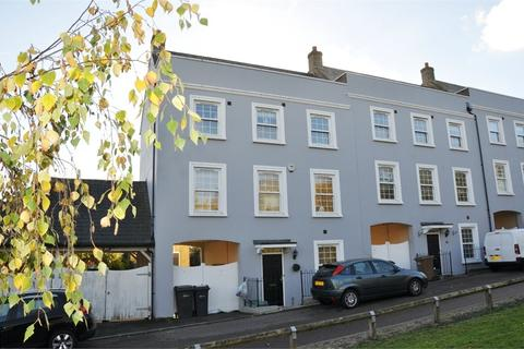 4 bedroom end of terrace house to rent - Meggy Tye, Springfield, Chelmsford, Essex