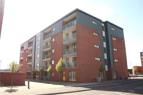 2 bedroom flat to rent - Clinton House, Picton Street, LN6