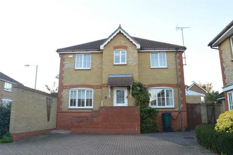 3 bedroom semi-detached house to rent - Silvester Way, Springfield, Chelmsford