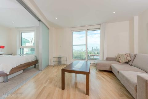 1 bedroom flat to rent - Anchor House, St George Wharf, Vauxhall, London, SW8