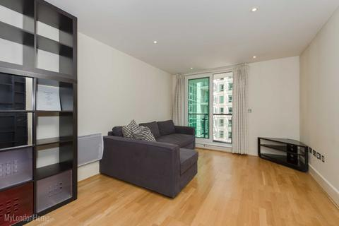 2 bedroom flat to rent - Flagstaff House, St George Wharf, Vauxhall, London, SW8