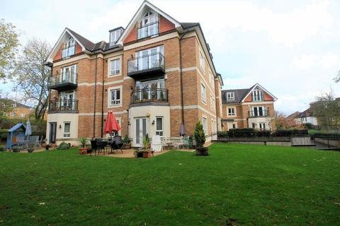 2 bedroom flat for sale - Compass Close, Edgware, Middlesex, HA8 8HU