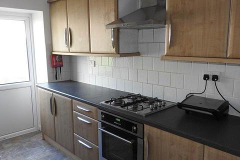 3 bedroom house to rent - Vincent Street, Sandfields, Swansea