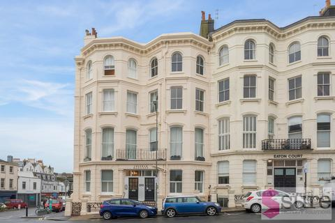 4 bedroom apartment to rent - Eaton Place, Brighton