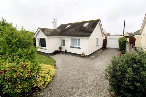 4 bedroom bungalow for sale - 6 TURNPIKE, HELSTON, TR13