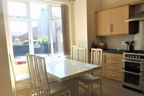 6 bedroom house to rent - Upper Kent Road