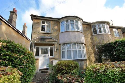 4 bedroom house to rent - Henrietta Gardens