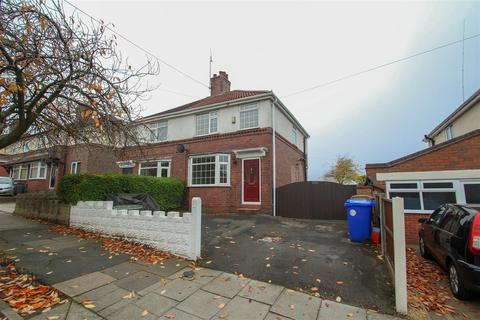 3 bedroom semi-detached house to rent - Poplar Drive, Blurton, Stoke-On-Trent