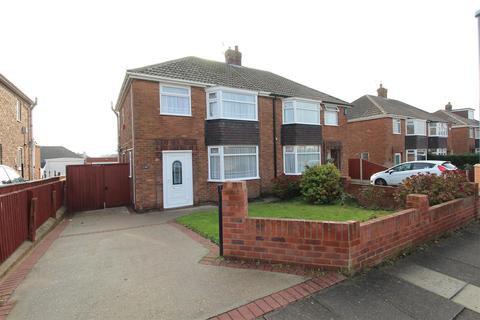 3 bedroom semi-detached house for sale - Lynton  Rise, Cleethorpes, DN35 9AP