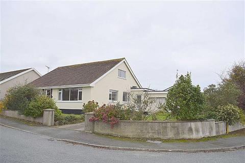4 bedroom detached bungalow for sale - Cuffern View, Simpson Cross, Haverfordwest