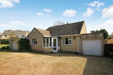 3 bedroom detached bungalow for sale - Winsley