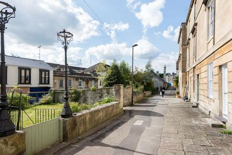 3 bedroom terraced house to rent - Church Street, Weston, Bath