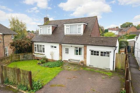 3 bedroom detached house for sale - Wheatfield Way, Cranbrook, Kent, TN17 3LS