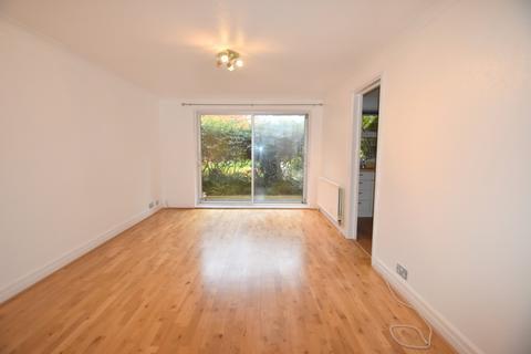 1 bedroom flat to rent - Fountain Gardens, Windsor, SL4