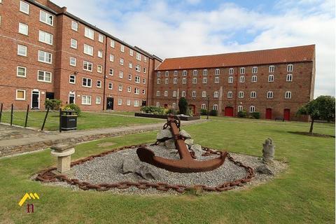 2 bedroom apartment to rent - Phoenix House, High Street, Hull, HU1 1NR