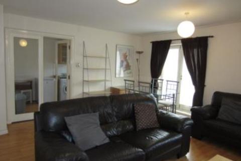 2 bedroom flat to rent - Linksfield Road, First Floor, AB24
