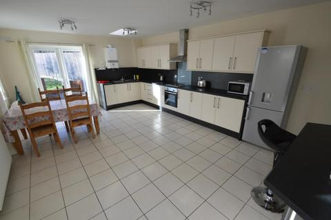 4 bedroom semi-detached house for sale - Church Road Northfield