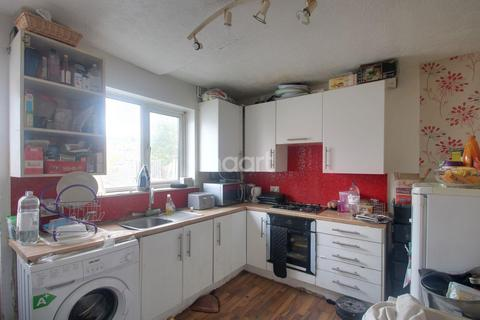 2 bedroom terraced house for sale - East Street, Chatham, ME4