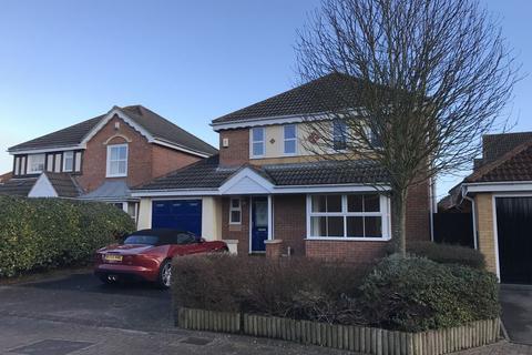 4 bedroom detached house to rent - Bentley Close, Gloucester
