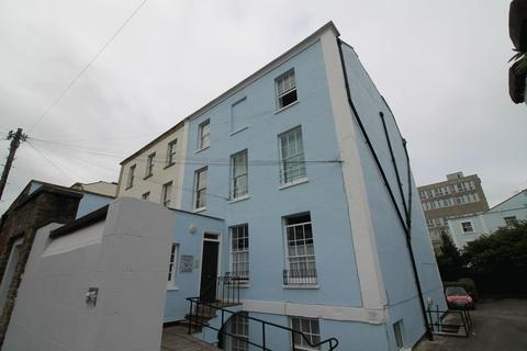Studio to rent - Wetherell Place, Clifton, Bristol