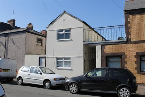 3 bedroom detached house for sale - Thesiger Street, Cardiff