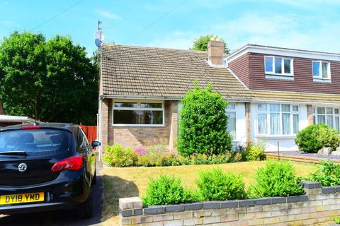 2 bedroom bungalow to rent - SPINNEY HILL NN3