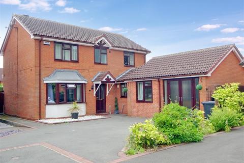 4 bedroom detached house for sale - Rosette Court, Oakwood, Derby