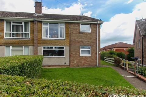 2 bedroom flat to rent - Witla Court Road, Rumney