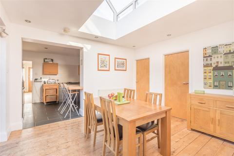 5 bedroom house for sale - Redhill Drive, Brighton