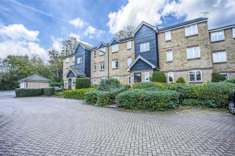2 bedroom apartment to rent - Dunnymans Road, Banstead