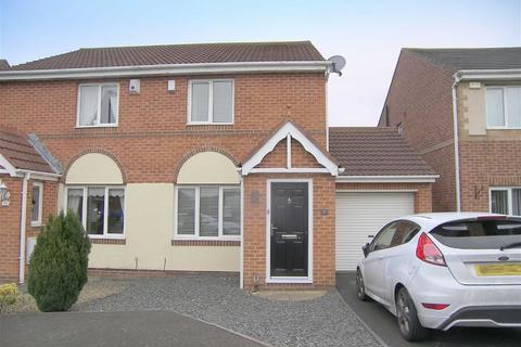 2 bedroom semi-detached house for sale - Holyfields, West Allotment, Tyne And Wear, NE27