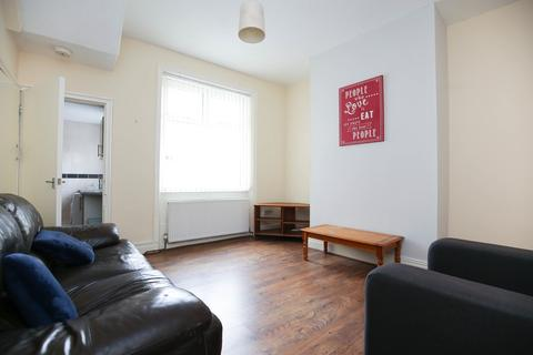 4 bedroom end of terrace house to rent - Cartington Terrace, Heaton, Newcastle Upon Tyne