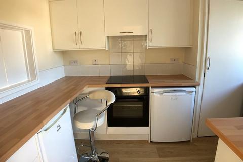 2 bedroom apartment to rent - Beaconsfield