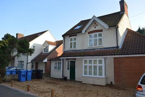 8 bedroom property to rent - Earlham Road, Norwich, NR4 7HR