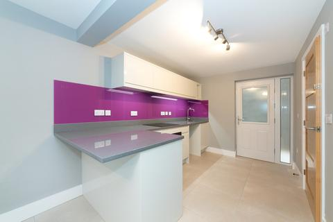 Studio for sale - Cromwell Court, St Ives