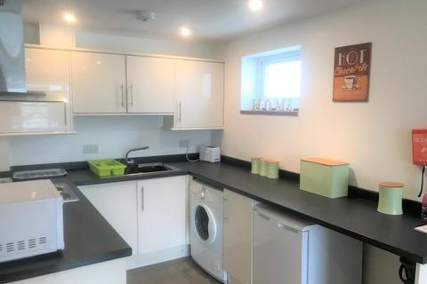 1 bedroom apartment to rent - Edgecombe Gardens, Newquay, Cornwall, TR7 2QD