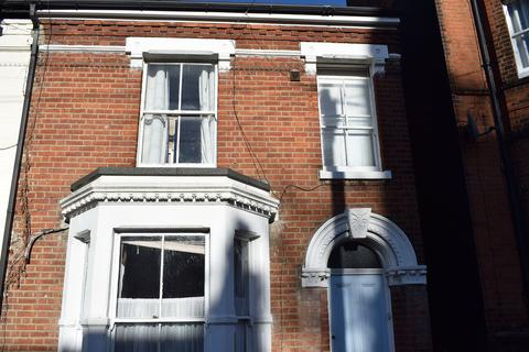4 bedroom terraced house to rent - Grosvenor Road, Norwich, NR2