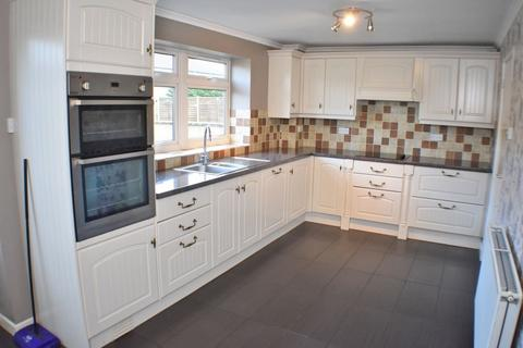 3 bedroom terraced house for sale - Crossley Close, Winterbourne