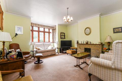3 bedroom semi-detached house for sale - Shooters Hill London SE18