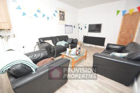 14 bedroom terraced house to rent - Richmond Avenue , Hyde Park , Leeds  LS6