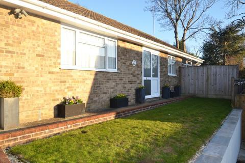 3 bedroom bungalow for sale - Fairlie Gardens, Brighton, East Sussex, BN1