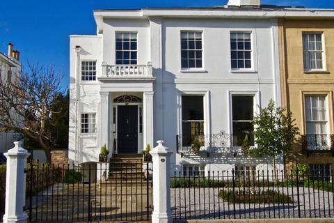 6 bedroom townhouse for sale - Park Place, Cheltenham, GL50